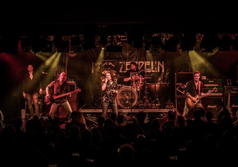 Mad_Zeppelin__2019_02_08_Mad_Zeppelin_Collo-Saal_Aschaffenburg_D7C_4546_